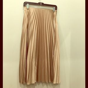 Zara beige pleated midi skirt size s